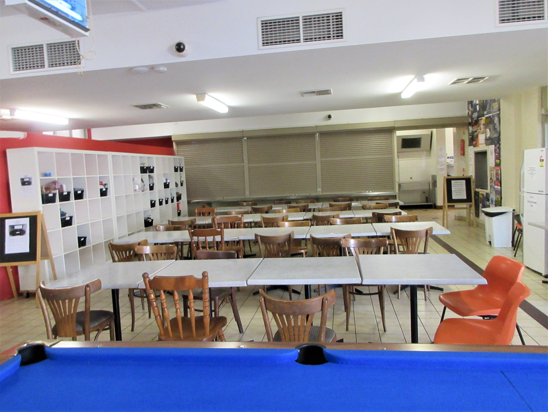 アコモデーションの食堂